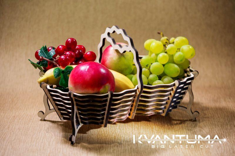 Krepšelis vaisiams kiaušiniams gėlėms